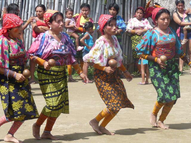 Kuna women